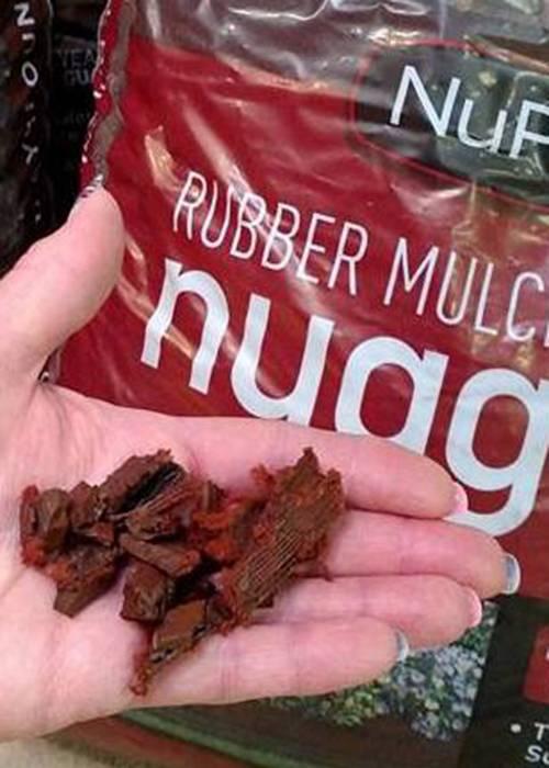 mulch in hand 500x700